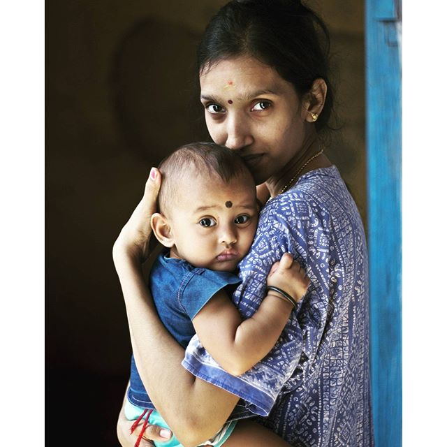 Mother Love To Baby TravelBrandIndia