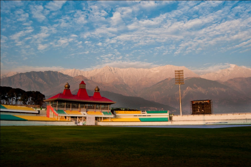 Dharamshala is the most beautiful city of India. This is the place of beauty of nature. Beautiful mountains, peace, adventure and Tibetan monks.
